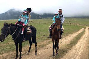 xavier-mongin-horse-riding-13